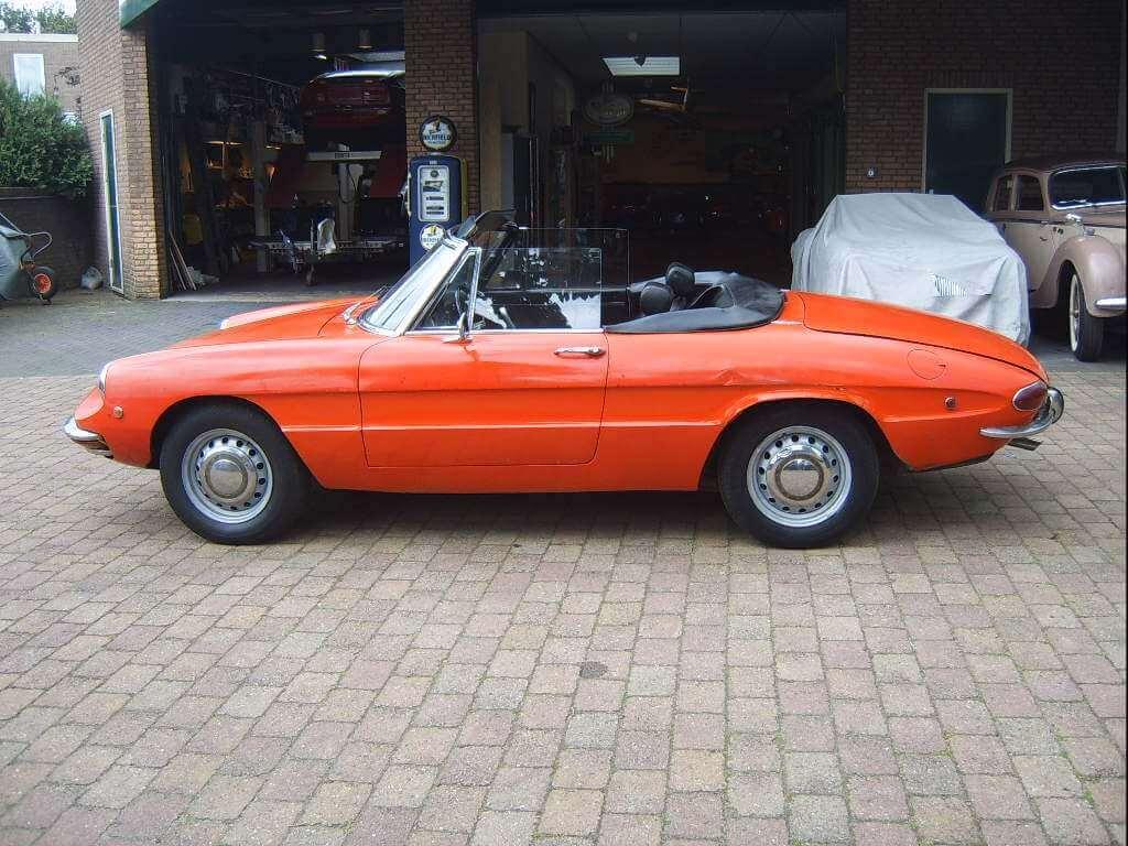 Porsche Alfa Duetto on 1969 Alfa Romeo Spider