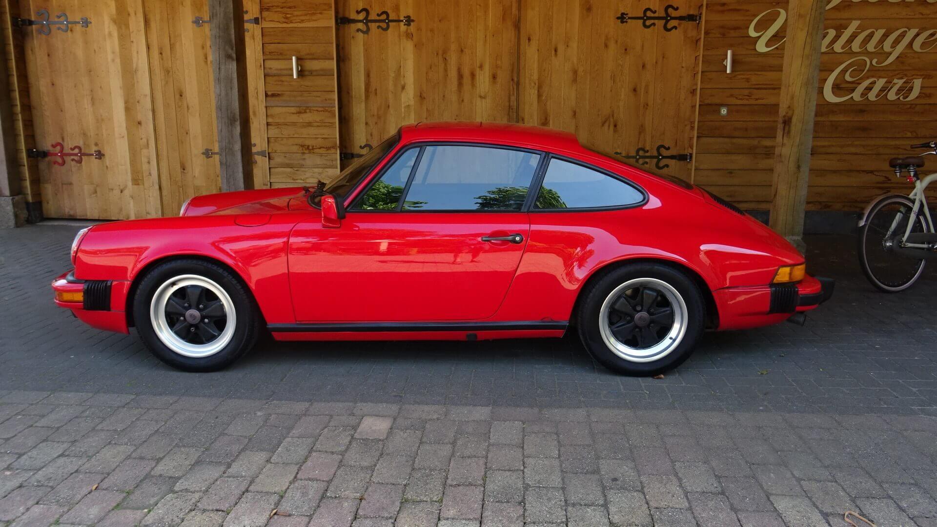 84 porsche 911 coupe union jack vintage cars. Black Bedroom Furniture Sets. Home Design Ideas